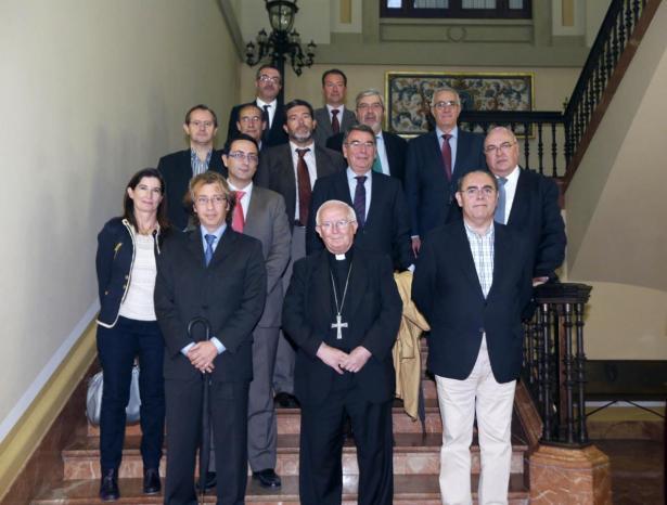 Cardenal Cañizares con los representantes de los medios