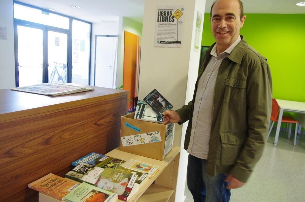 El alcalde, Enrique Ortí, Xirivella se inundará de libros.