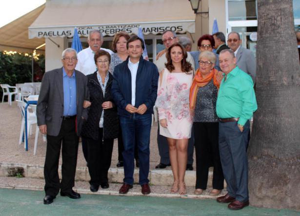 El Club de Convivencia Municipal El Carmen, de Manises, realiza una jornada de hermandad