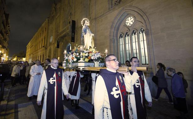 Festividad de la Virgen de la Medalla Milagrosa