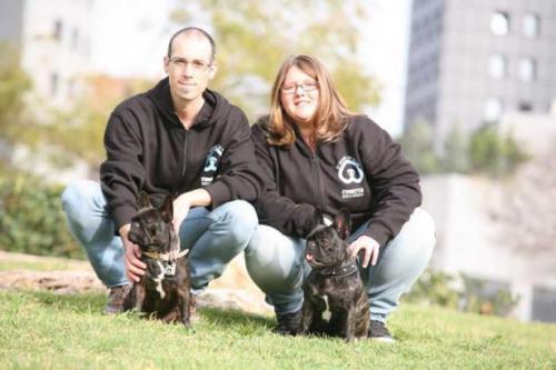 David y María de Conecta Adiestramiento canino solidario en Valencia