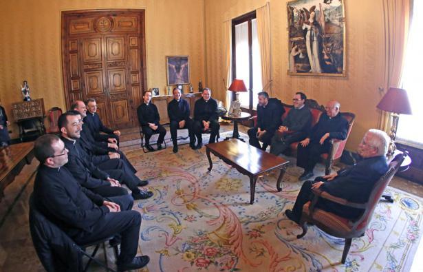 Sacerdotes de Roma