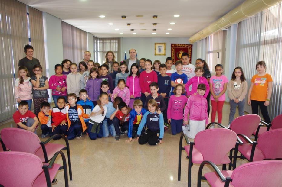 Un total de 331 escolares visitarán esta semana el Ayuntamiento de Xirivella