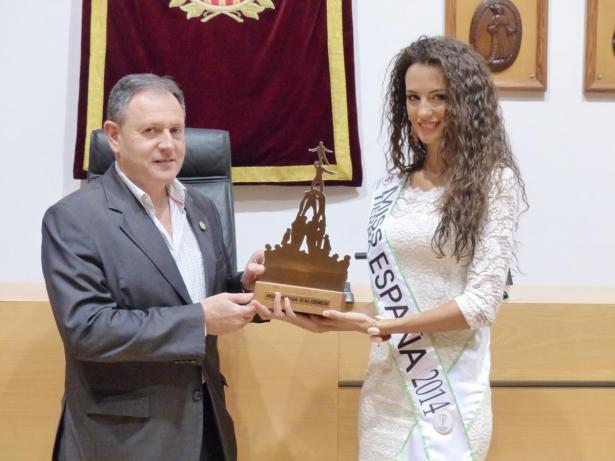 Zaira Bas